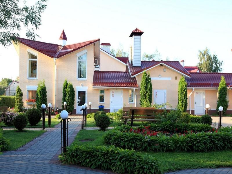 """готель Заміський готельно-ресторанний комплекс """"Княжий Двір"""""""
