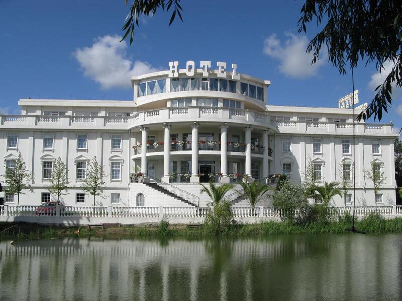 """готель Готель """"Senator`s Park"""""""