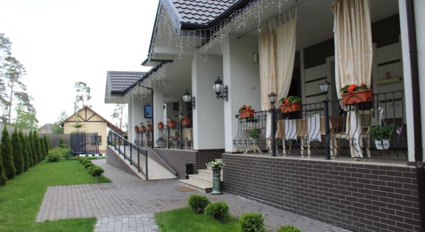 готель Боровик