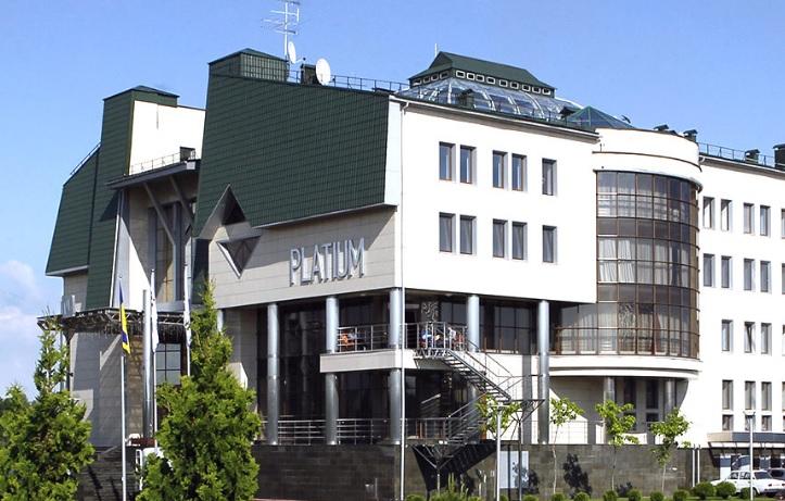 готель Platinum Spa Resort