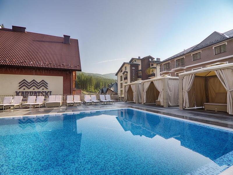 готель Karpatski Hotel & Spa