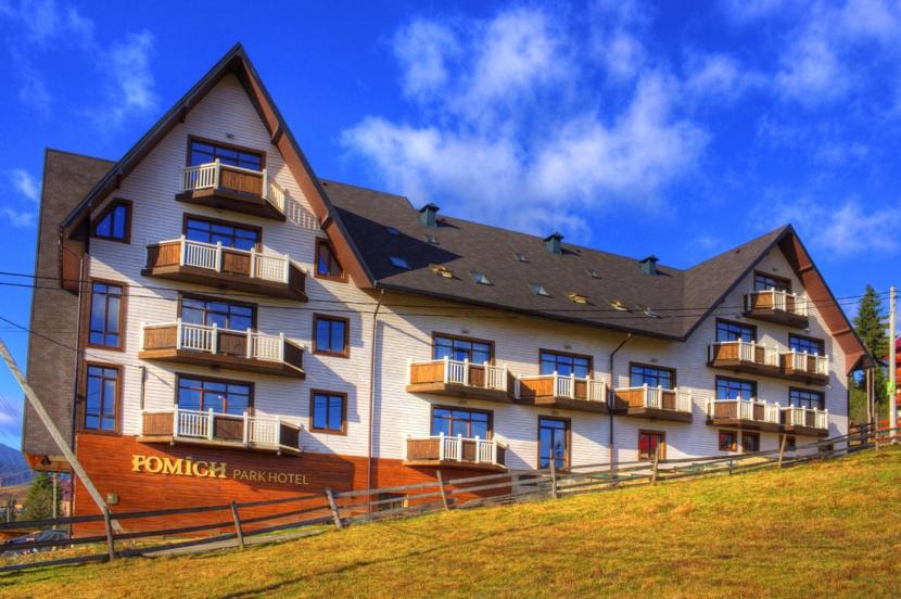 готель Fomich Park Hotel