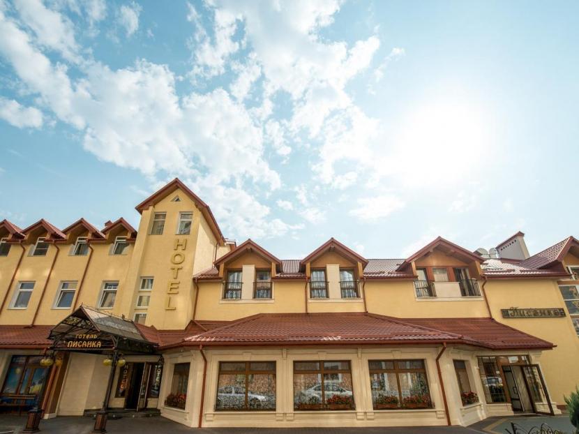 готель Писанка