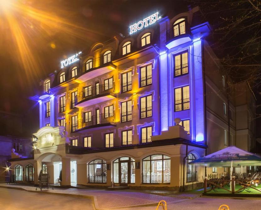 готель Nota Bene