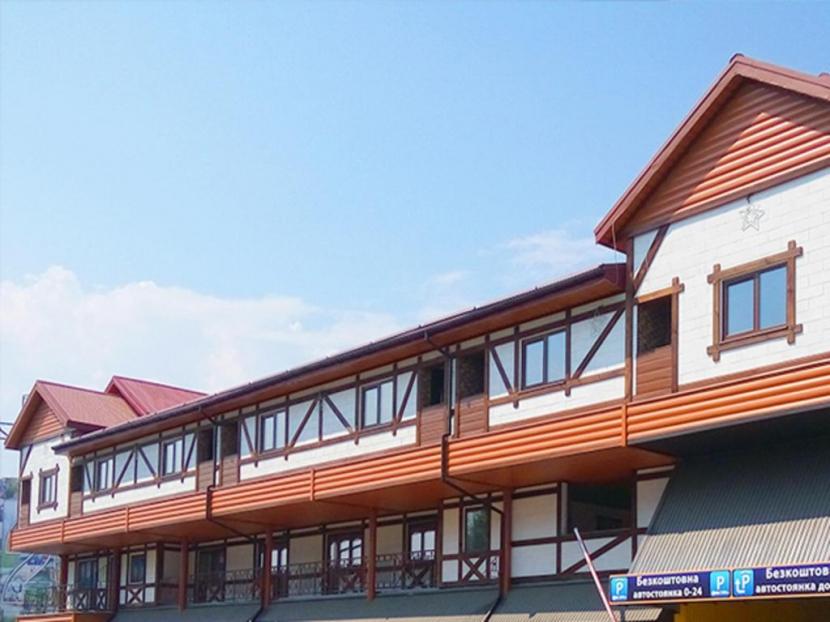 готель Advenus