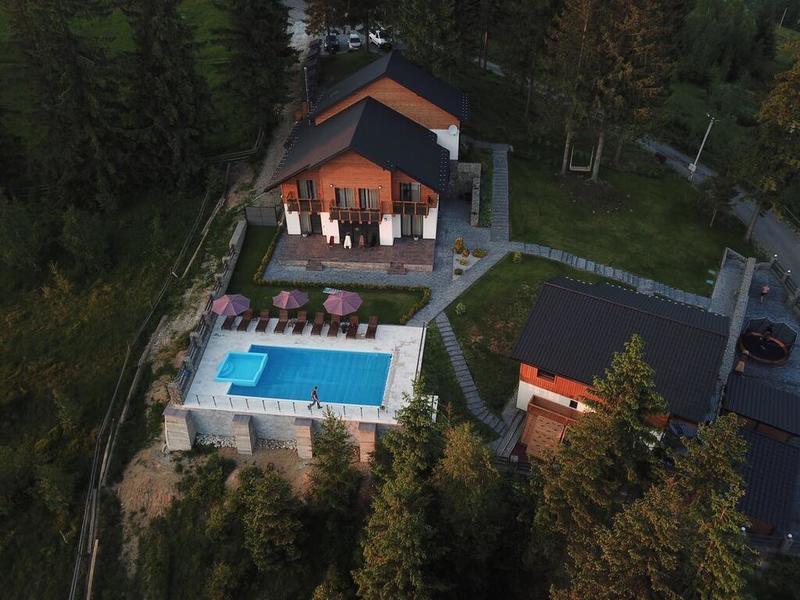 "готель Шале ""Gogodz Chalet Resort"""