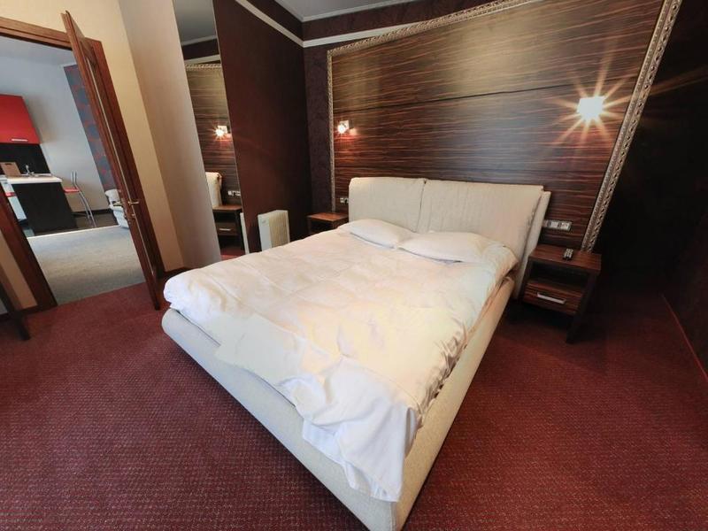 """Апарт-отель """"VIP-резиденция"""""""