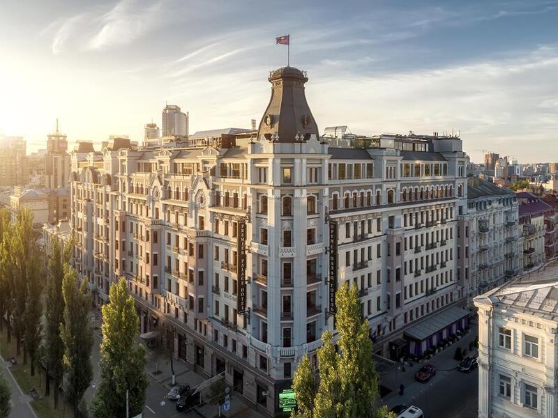 готель Premier Palace Hotel