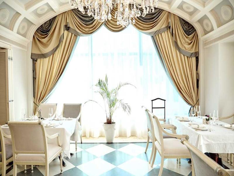 "Готель ""InterContinental Kyiv"""