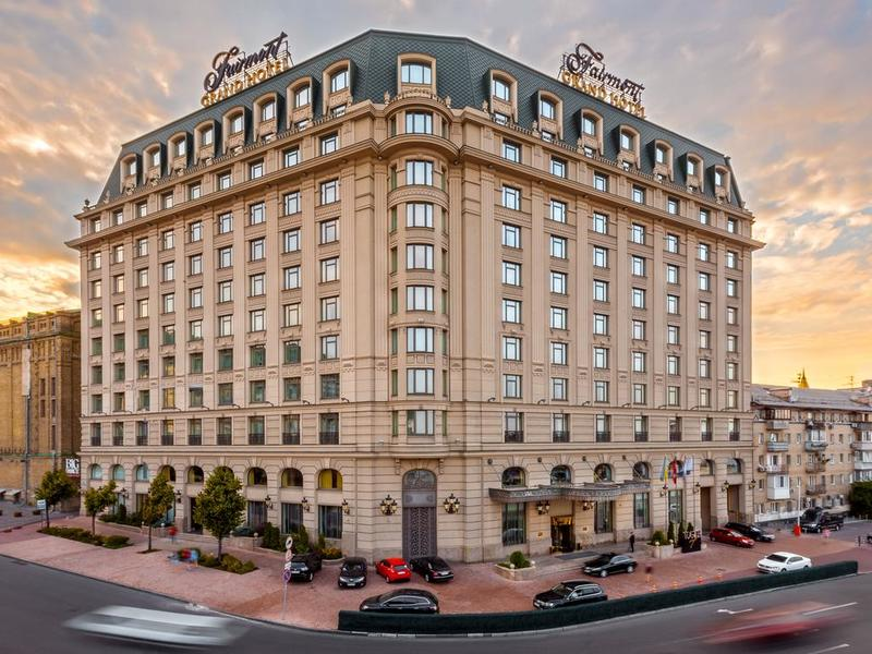 готель Fairmont Grand Hotel Kyiv