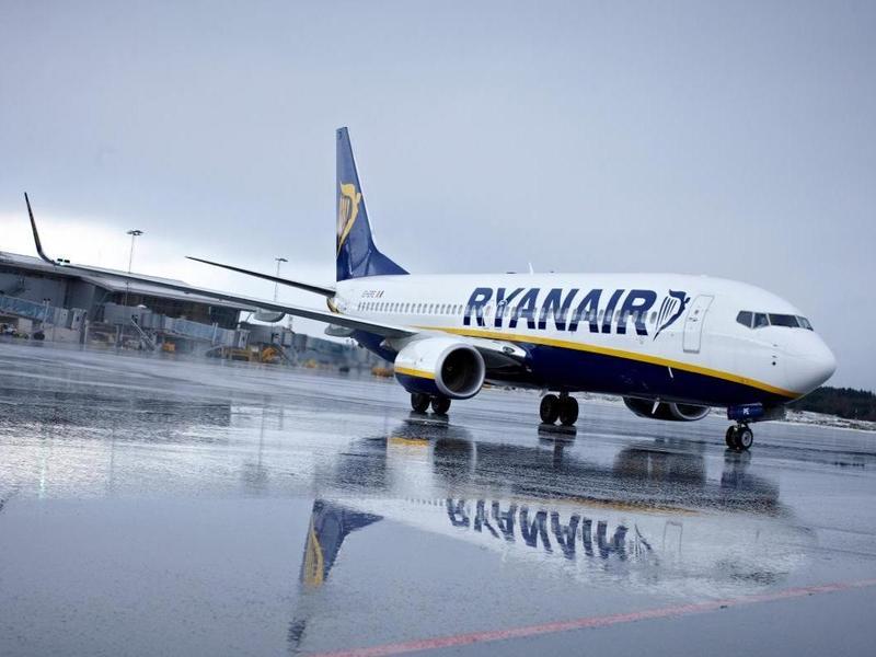 Ryanair знову повертається в Україну