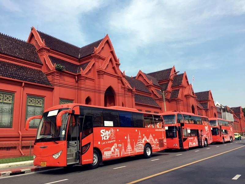У столиці Таїланду з`являться екскурсійні автобуси