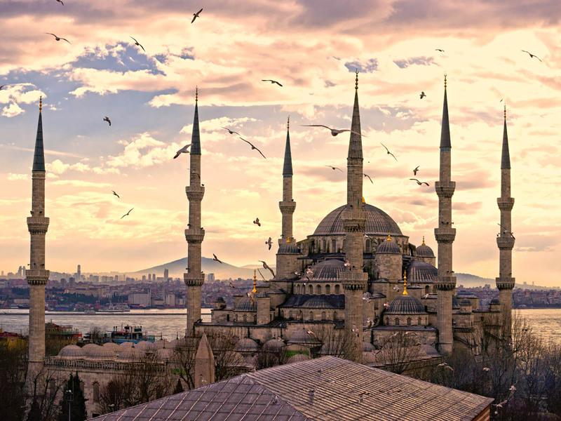 Ніч в Стамбулі за рахунок турецьких авіаліній