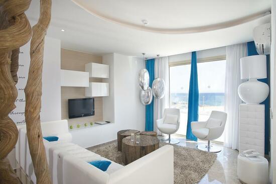 Louis Althea Kalamies Luxury Villas (Протарас)