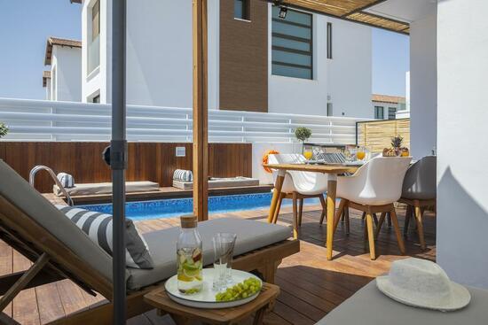 Louis Chris Le Mare Luxury Villa (Протарас)