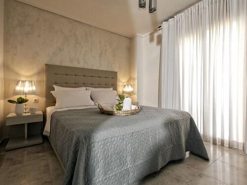 Nefeli Villas & Suites (Халкідікі-Кассандра)