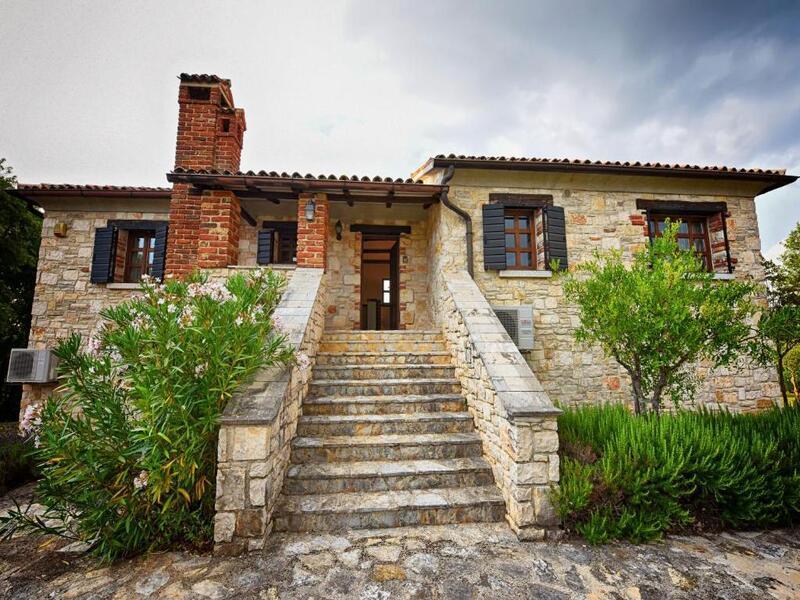 Villas Fabci by Istarski Dvori (Фабчи)